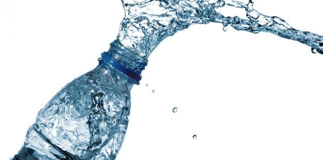 Agua-embotellada
