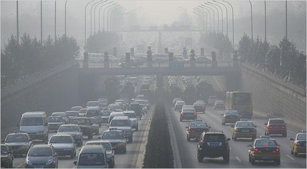 El smog: ¿Una causa de la enfermedad articular?