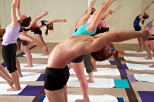 Siete consejos para iniciar la práctica del yoga caliente