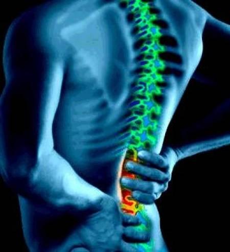 Duele a la derecha sobre la espalda durante el embarazo