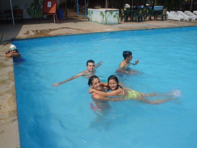 Las enfermedades en las piscinas ojos y o dos los for Fotos de piscinas climatizadas