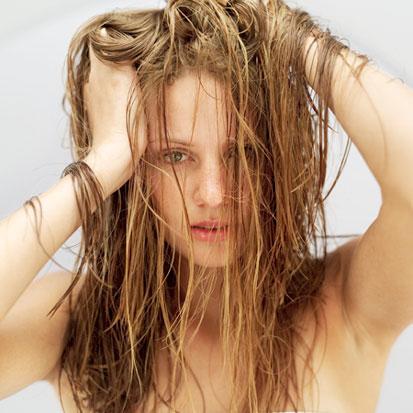 Consejos para mantener el cabello graso a raya