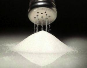 Consumo de sal: ¿Aumenta el peso de los niños?