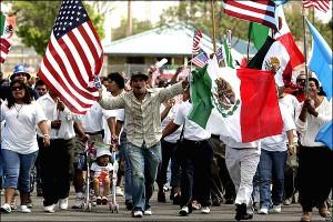 Latinos sin seguro médico en Estados Unidos