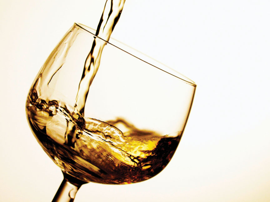 Cómo afecta el consumo de alcohol la acción de los antibióticos
