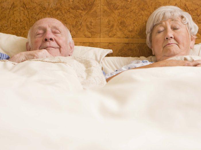 Dormir mal: Una causa del dolor en la tercera edad