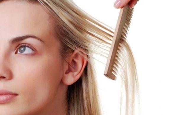 Cinco hábitos que provocan la caída del pelo