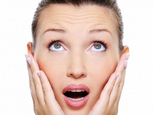 ¿Cuáles son los hábitos que fomentan las arrugas?