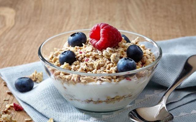 Tres alimentos para desayunar que te ayudarán a adelgazar