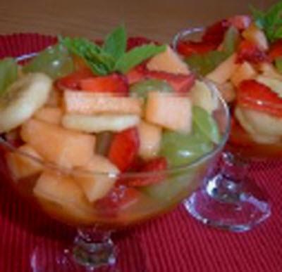 Receta de ensalada de cuatro frutas