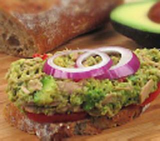 Receta de sándwich de atún y aguacate