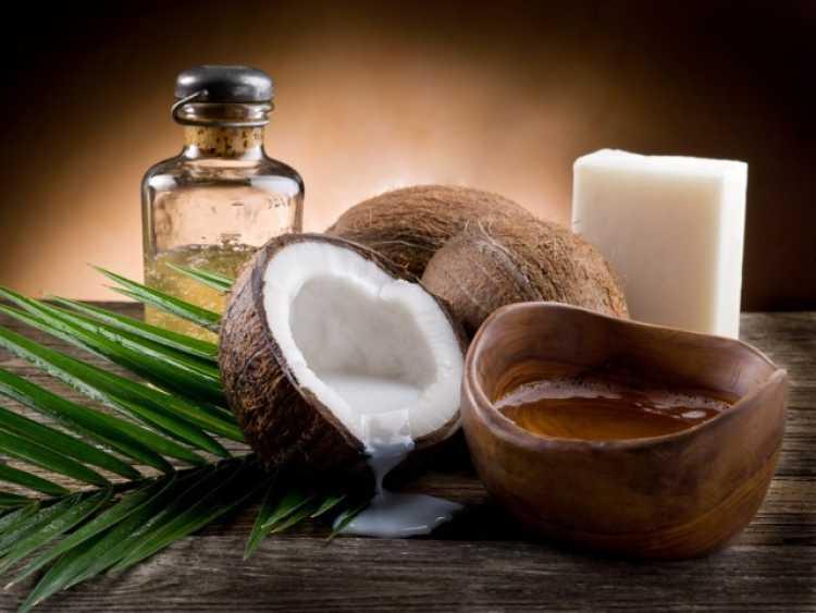 Aceite de coco: Un gran aliado de tus dientes