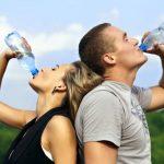 Intoxicación por agua: ¿Por qué no debes consumir demasiada agua?