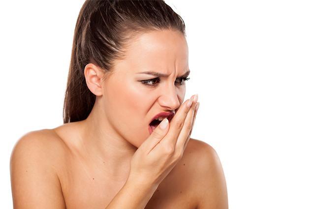 Todo lo que debes saber sobre la halitosis